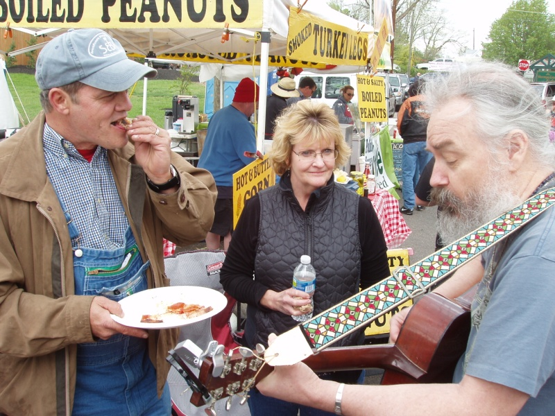 Pickin' and Pizza